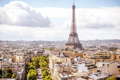 Poster Paris Aerial cityscape view on the Eiffel tower during the sunny day in Paris