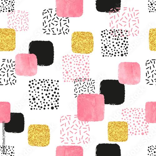 wzor-z-rozowe-czarne-i-zlote-kwadraty-wektorowy-abstrakcjonistyczny-tlo-z