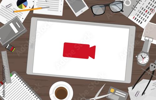 Fotografie, Obraz  Schreibtisch mit Tablet - Aufnehmen
