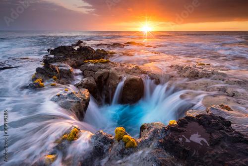 pools-of-paradise-at-sunset-at-the-coast-of-hawaii-big-island