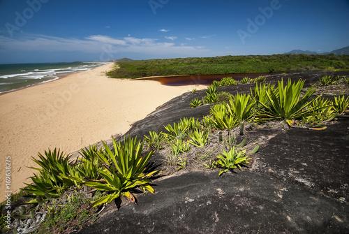 Praia e Lagoa de Caraís (Parque Estadual Paulo Cesar Vinha)   Canvas Print