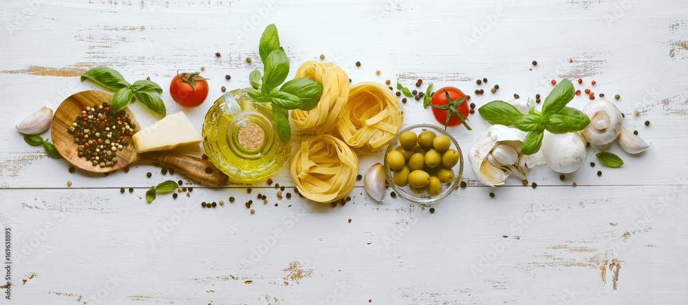 Fototapeta Italian pasta ingredients