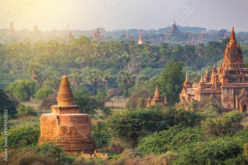 фотография  many of temples of Bagan in Myanmar