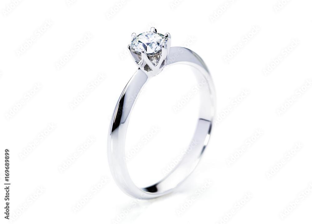Fototapety, obrazy: beautiful diamond ring on white background