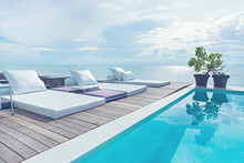 The Edge Luxury Swimming Pool ...