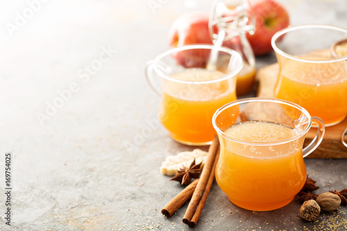 Canvas Print Fall apple cider with warm spices