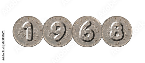 Fotografia  1968 – five new pence coins on white background