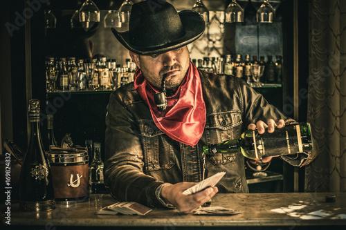 Fotomural Bebendo no bar