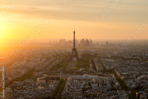Poster Paris Aerial view of Paris and Eiffel tower at sunset in Paris, France.