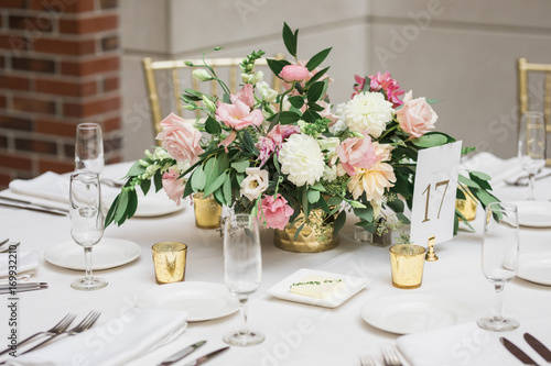 Cuadros en Lienzo Floral Arrangement