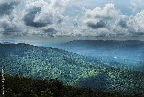 Fotografie, Obraz  Scenic overlook from above, Oklahoma, southeastern region in the Ouachita Mountains, Talimena Scenic Byway