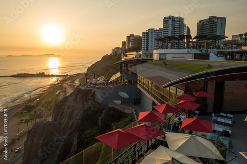 Photo Stands South America Country Pazifik-Küste bei Lima, Peru