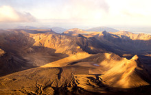 Panoramic View - Sunset In Summit Of Volcano Mt Ngauruhoe It Was Mordor Tower - Lord Of The Rings Trilogy Movies, , Tongariro Northern Circuit, Great Walk In New Zealand.