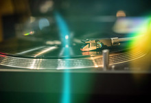 A Modern Turntable To Play Mus...