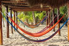 Kleurrijke Hangmatten Op Strand