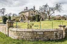 Edensor Village Chatsworth, De...