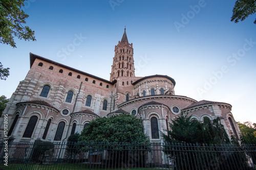 Fotobehang Monument Toulouse : basilique Saint Sernin