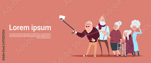 Fotografía  Group Of Senior People Taking Selfie Photo With Self Stick Modern Grandfather An
