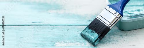Foto  Panorama, Pinsel auf Holz, Shabby chic Farben in Weiß und Blau, Textfreiraum