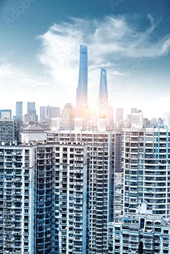 Photo  Shanghai city view, with oriental pearl tower, landmark of Shanghai, beside huan