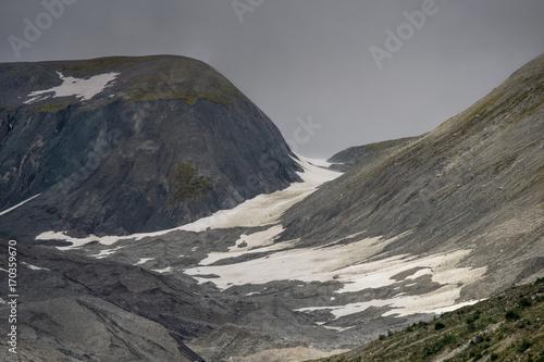 Desolate Peaks Along Muir Inlet, Glacier Bay Plakat