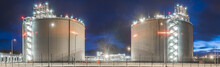 LNG Gas Storage Tanks At The G...
