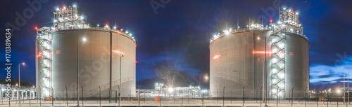 Photo  LNG gas storage tanks at the gas terminal in Swinoujscie, Poland