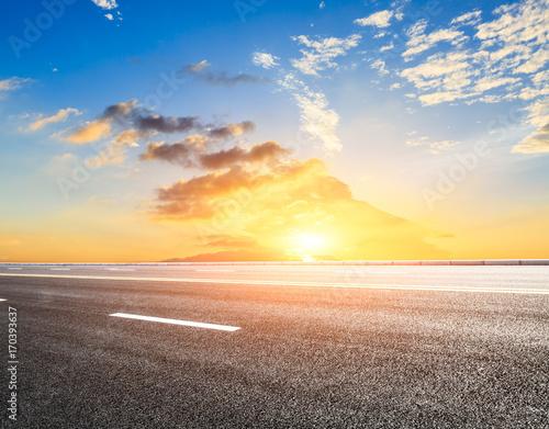 Tuinposter Zwavel geel Beautiful sky cloud and asphalt road landscape