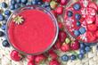 canvas print picture - Erdbeer- Püree mit Früchten