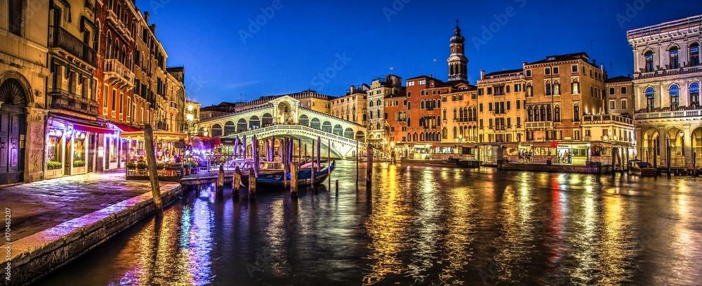 Fototapety, obrazy: Italy beauty, late evening view to famous canal bridge Rialto in Venice , Venezia