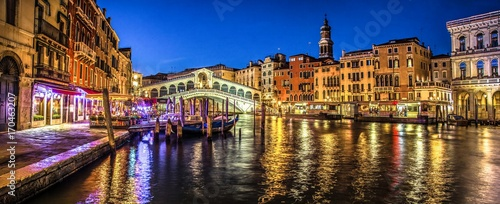 Poster Venetie Italy beauty, late evening view to famous canal bridge Rialto in Venice , Venezia