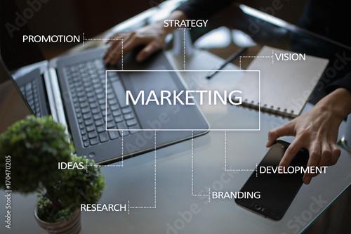 Fotografía  Marketing business concept on the virtual screen.