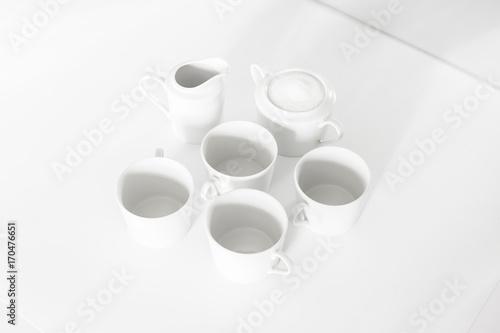juego de cafe en blanco