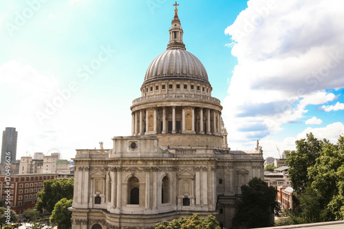 Photo The famous St Paul's cathedral , London, United Kingdom.