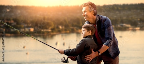Poster Peche Composite image of father teaching his son fishing