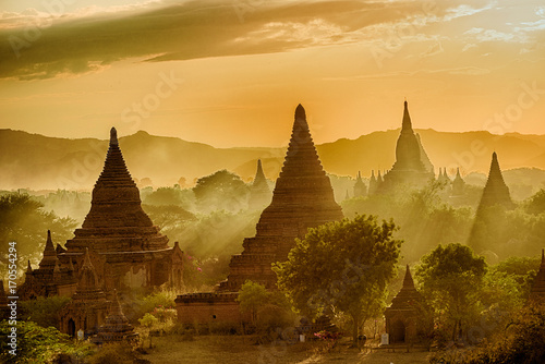 Sunset over Bagan Canvas Print