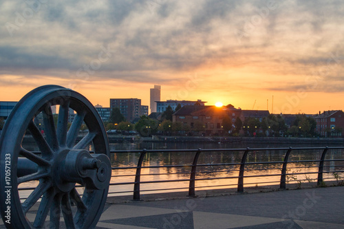 Fotografering Salford Quays, Manchester - 2nd September 2017, Sunrise over Beetham Tower from