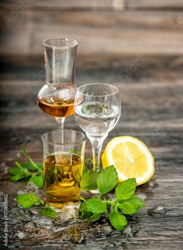 Alcoholic Drinks ice lemon mint leaves Food beverages