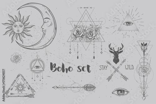 Foto auf AluDibond Boho-Stil Beautiful boho elements set . arrows, feathers and flowers