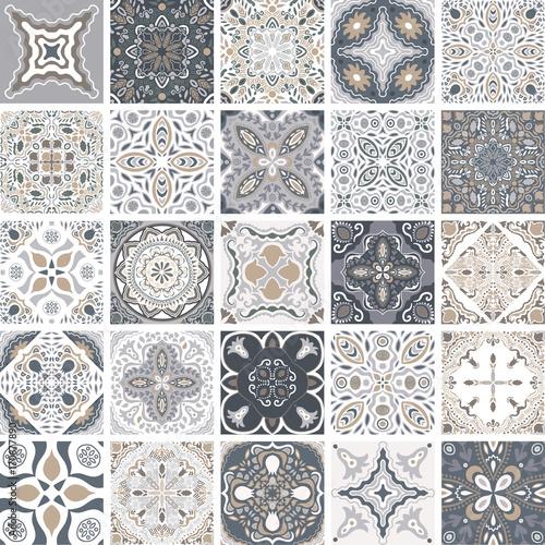 tradycyjne-portugalskie-ozdobne-plytki-dekoracyjne-azulejos-abstrakcyjne-tlo-wektorowa-reka-rysujaca-ilustracja-typowe-portugalskie-plytki-plytki-ceramiczne