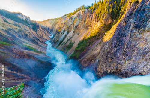 Obraz na plátne Brink of the Lower Falls, Yellowstone Grand Canyon