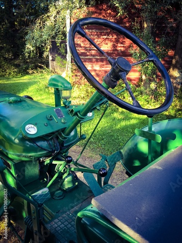 old tractor Obraz na płótnie