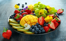 Colorful Mixed Fruit Platter W...