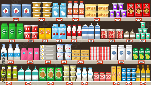 Fotografía  Supermarket, shelves with products and drinks