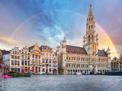 Foto op Aluminium Brussel Brussels, rainbow over Grand Place, Belgium, nobody