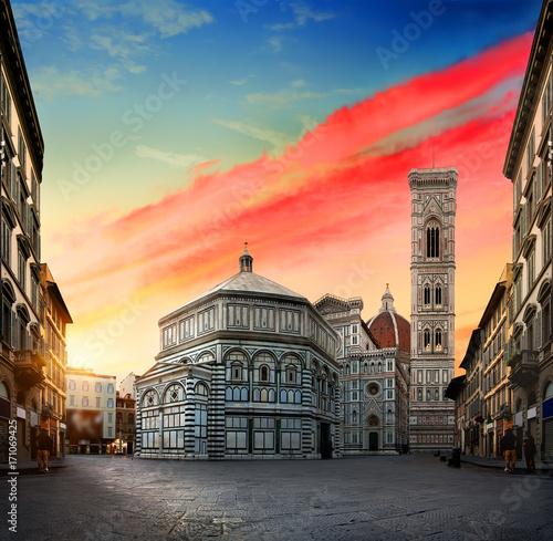 Fotografie, Obraz  Sunrise and cathedral