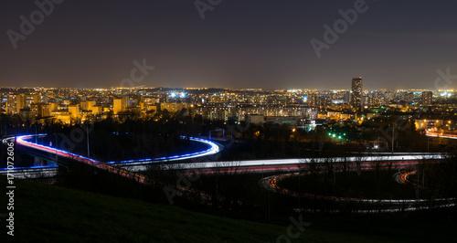 Paysage de nuit et traînées lumineuses avec vue sur le val D'oise vu de la butte Canvas Print