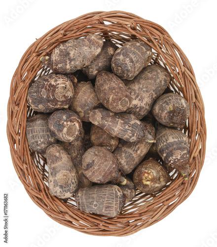 Photo Fresh and Healthy tropical vegetable Taro, Arabi or arrowroot