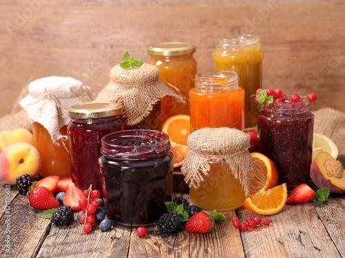 Photo  assorted fruit jam