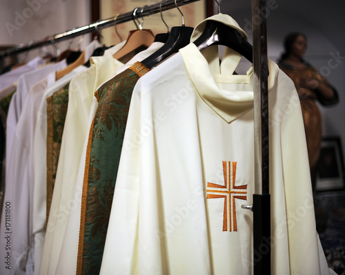 Leinwand Poster Chasubles of the priest